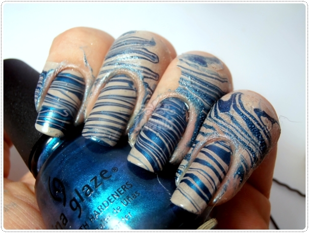 Water Marble – Rodeo Fanatic (China Glaze) + Corda Bamba (Colorama)