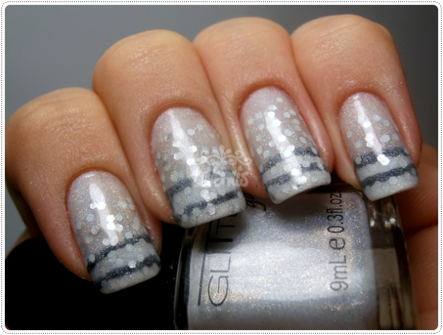 Black & White Glitter Snow Mani