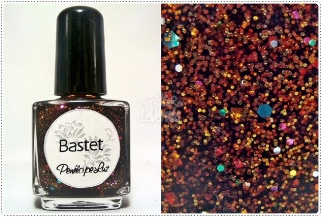 Bastet by Penelope Luz Glitter Esmalte Artesanal