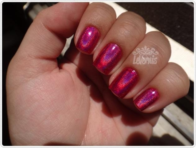 Layla - Mercury Twilight + Escarlate Diluído (1 camada) - No sol (4)