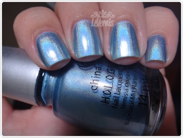China Glaze - Sci-Fly By (2)