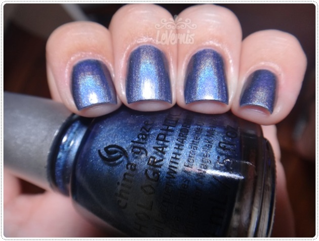 China Glaze - Strap On Your Moonboots (3)