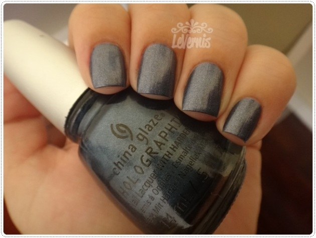 China Glaze - Strap On Your Moonboots (4)