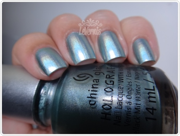 China Glaze - Don't Be a Luna-tic (3)