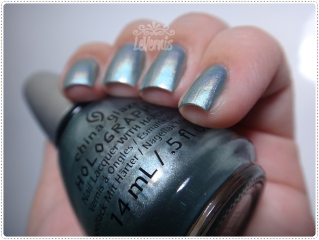 China Glaze - Don't Be a Luna-tic (4)