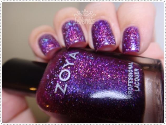 Zoya - Aurora (1)